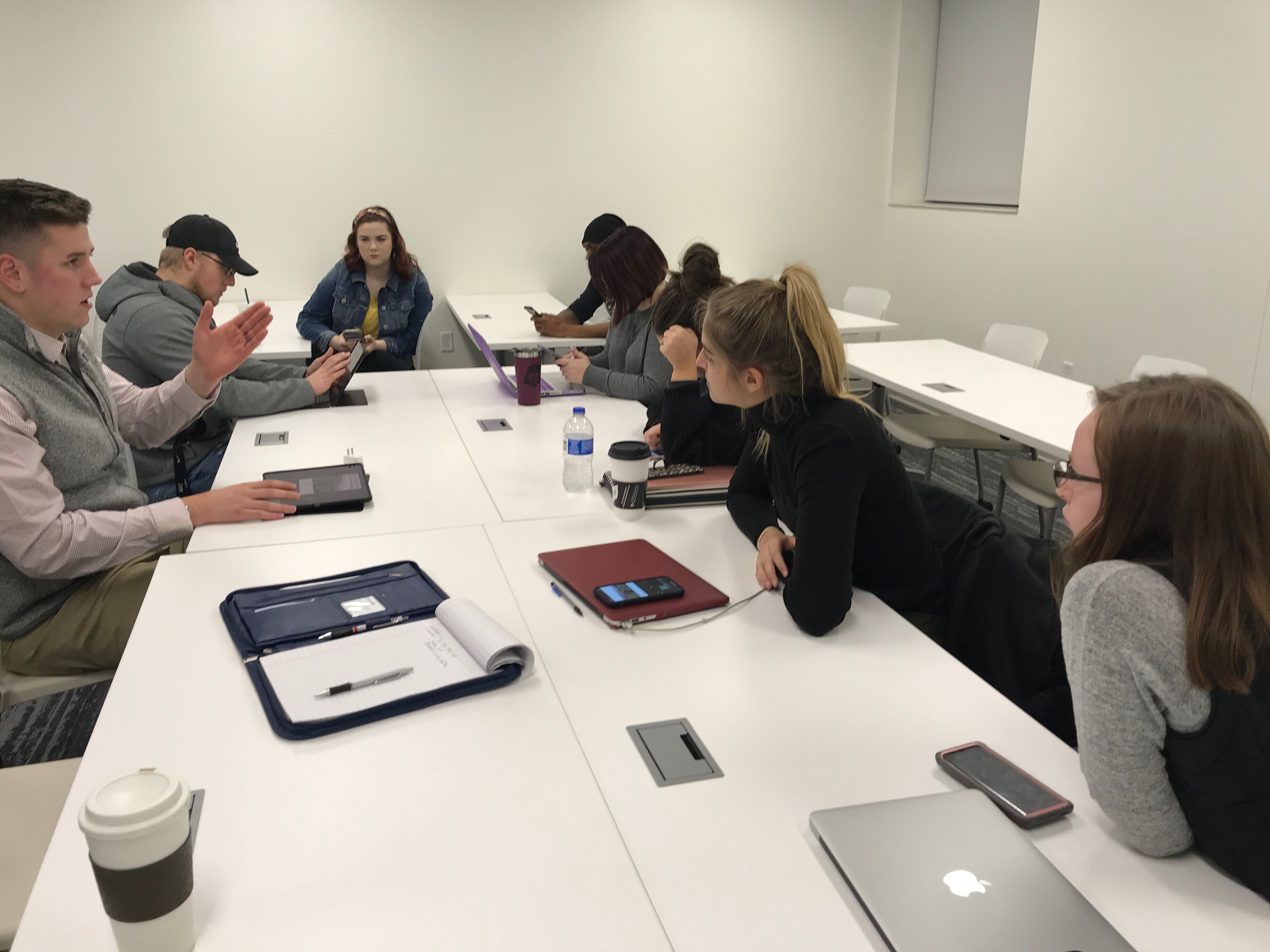 Connor Sherman, Brand Manager for the Glockner Family of Dealerships, discusses social media content creation with SSU marketing students during a multimedia workshop.