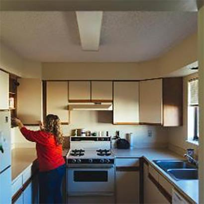 University-Townhouses-Kitchen-with-Person