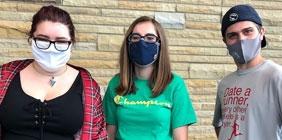 SSU students wearing masks